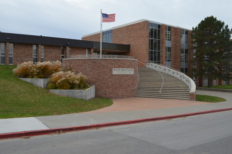 West High Exterior Photo